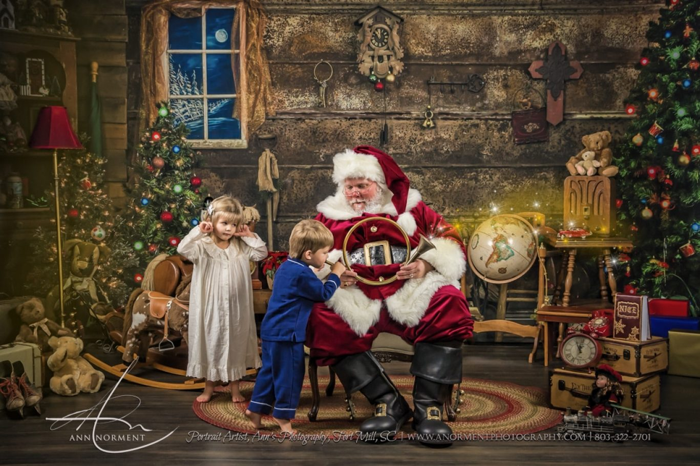 Santa Sessions, Santas Magical Gift, Fort Mill SC, Charlotte NC, Lake Wylie NC, Weddington NC, Lake Norman NC, Asheville NC